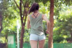 早上空腹运动比饭后运动更好?