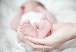 宝宝腹泻怎么办?