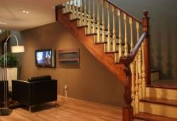 实木楼梯在选择时应该注意哪些问题?