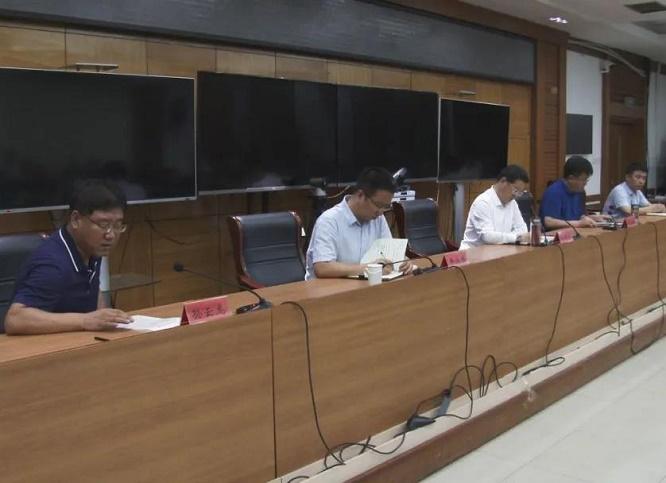 高阳县委、县政府连夜召开会议对毛巾产品质量专项整治行动进行全面部署