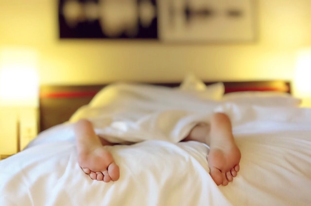 人每天睡多久合适?