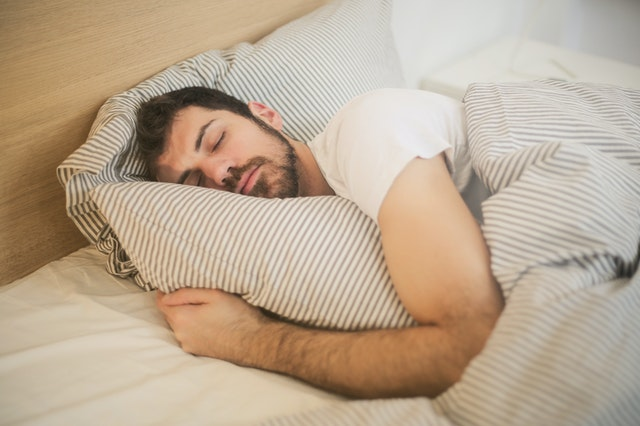 快速入睡小技巧