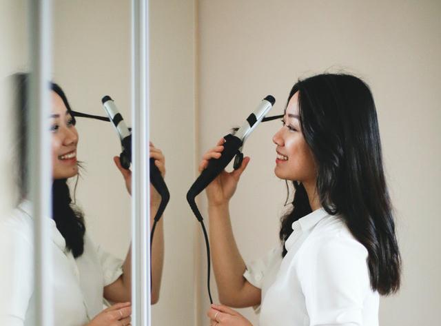 头皮出油太多会导致脱发吗?