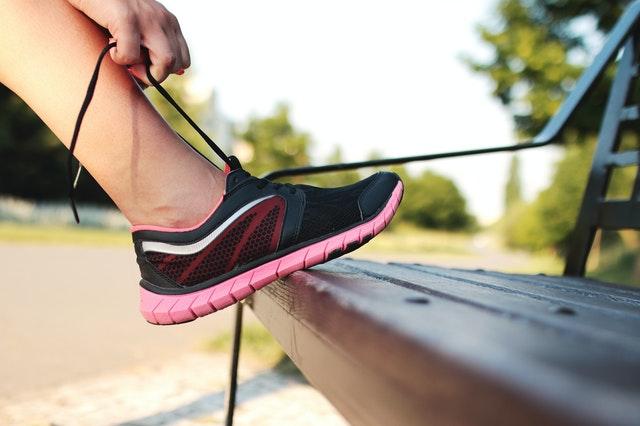教你如何选择一双合适自己的跑鞋