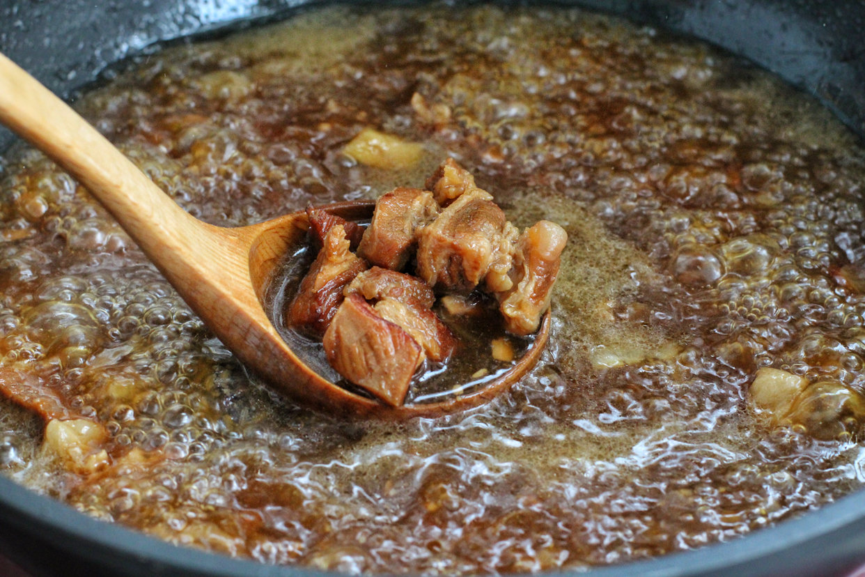 红烧牛肉面的做法,大块牛肉、面条劲道!